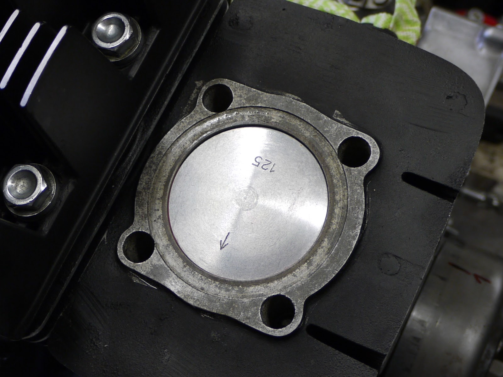 Greasy Greg: Yamaha RD350 squishband tuning (optimization)