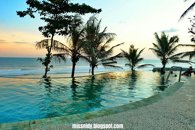 lokasi queen of the south of beach resort