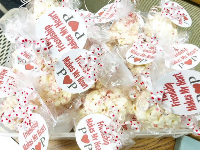 If you need a quick Valentine gift, this printable valentine tag is the perfect answer. Simply attach to a bag of popcorn, a soda pop, or a packet of Pop rocks for a fun friend valentine gift in no time.