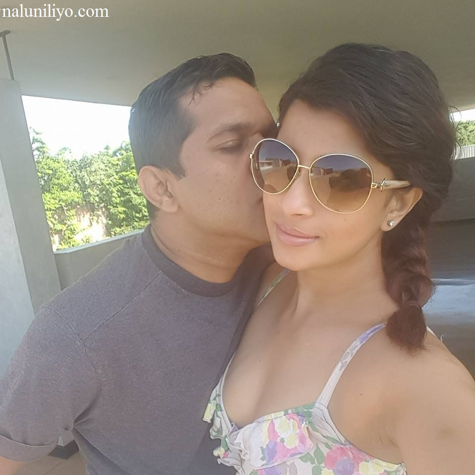 Nadeesha Hemamali kissing boyfriend