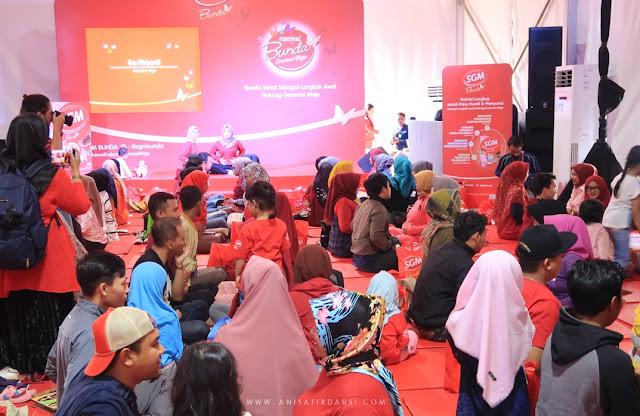 Prenatal Couple Yoga Festival Bunda Generasi Maju Taman Tegallega Bandung