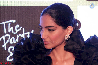 sonam kapoor at chandon the party starter 3rd March 2017 012.jpg