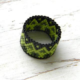 Яркие кольца из бисера - peyote rings anabel27