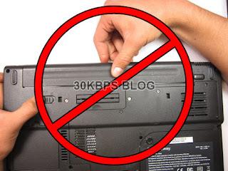 Jangan Mencabut Baterai Laptop Ketika Digunakan Pada Mode Charging - 30KBPS BLOG