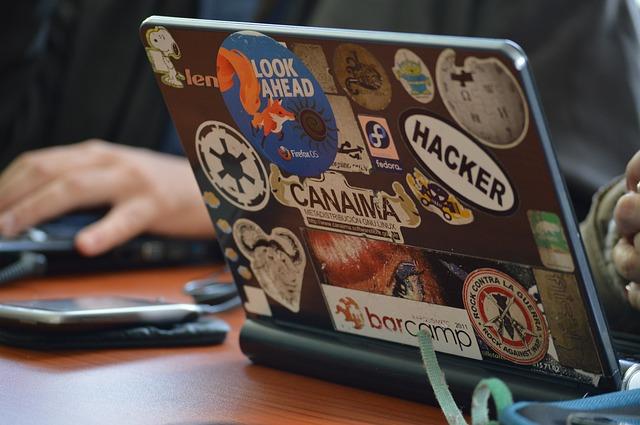 Hacker OS (ihavetech)