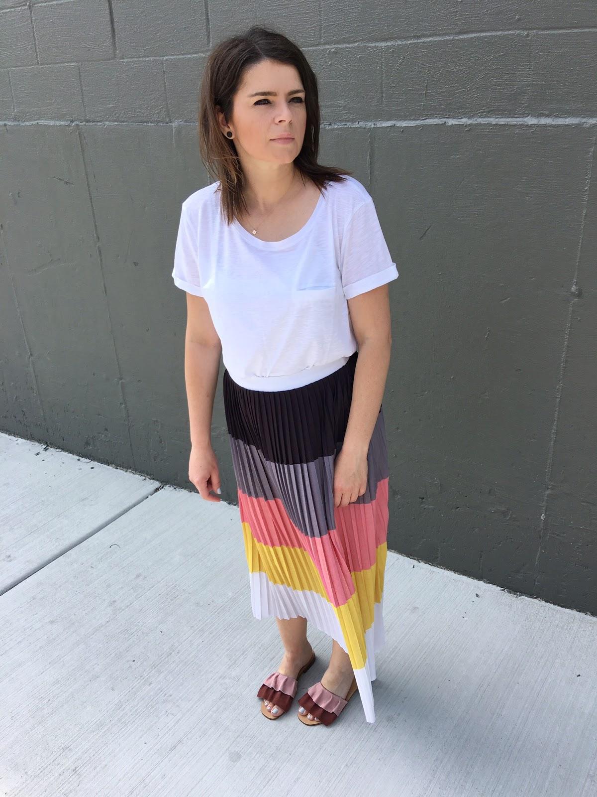 Pleated midi skirt in color block