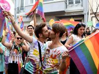 Bikin Resah, pihak berwenang Istanbul larang parade LGBT