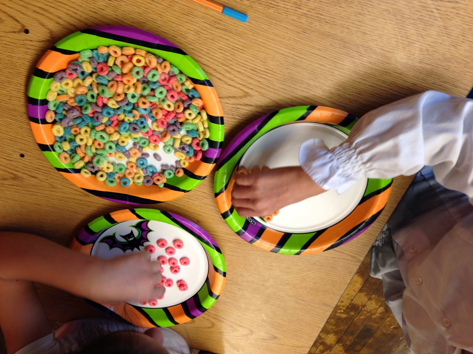 Autism Tank Rainbow Craftivity With Fruit Loops