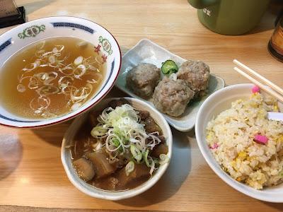三軒茶屋にある長崎のトリプル(スープ付き)