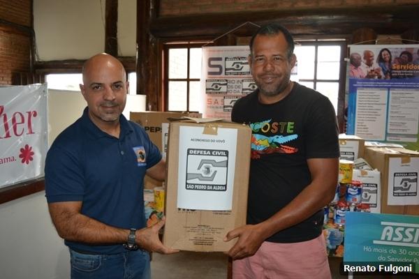 Defesa Civil de São Pedro da Aldeia recebe doação de 280 latas de leite