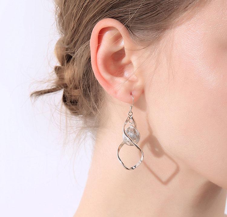 波雅長墜型耳環