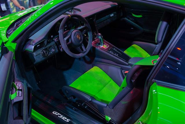 Porsche 911 GT3 RS chega ao Brasil por R$ 1,242 milhões