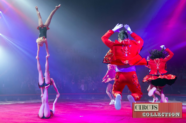 Spectacle Circus theater Bingo