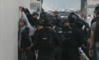 Kerusuhan Napi Teroris Dimako Brimom | Infopagarnusa.com