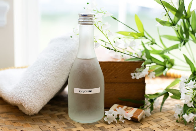 Benefits of Glycerin, Elmore Beauty, Beauty, Beauty products, skin care tips, benefits for skincare, red alice rao, beauty blog, top beauty blog, Skincare recipes, organic, natural products