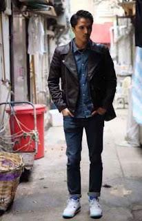 sesi pemotretan artis hongkong saat mengenakan jaket kulit