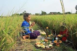 Sekilas Tentang Kehidupan Masyarakat Jawa