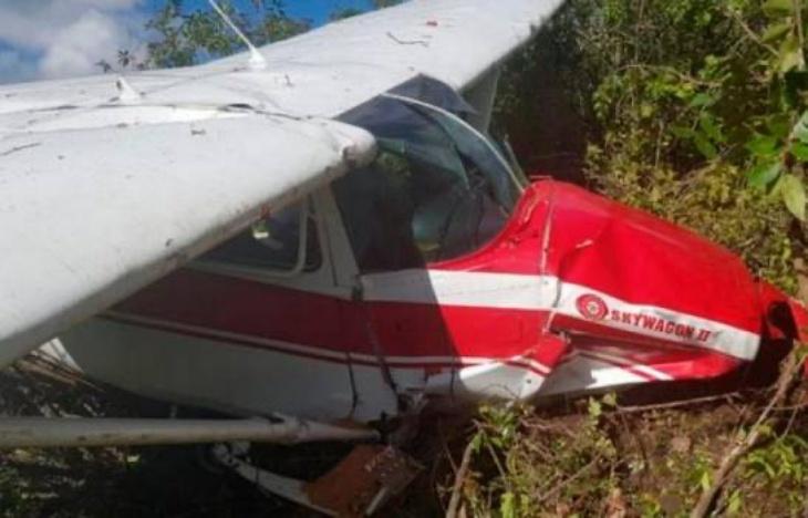 Dos personas mueren tras desplomarse avioneta en Tamayo