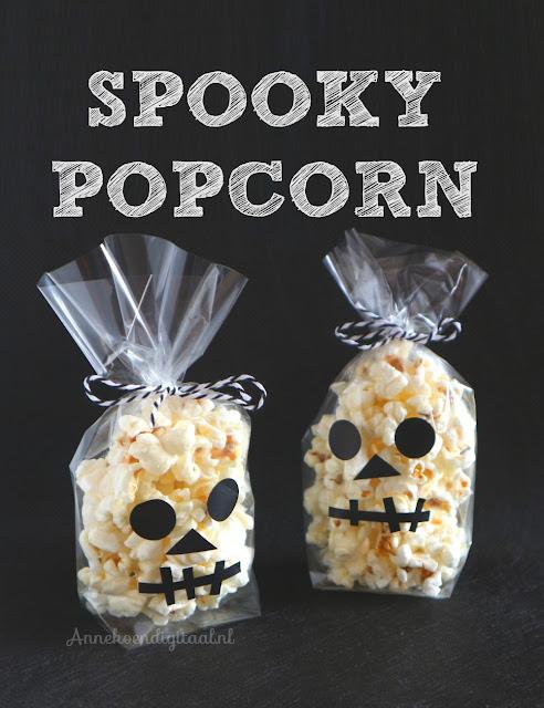 Halloween traktatie, popcorn traktatie, spook van popcorn, popcorn spook, halloween trakteren, halloween, traktatie