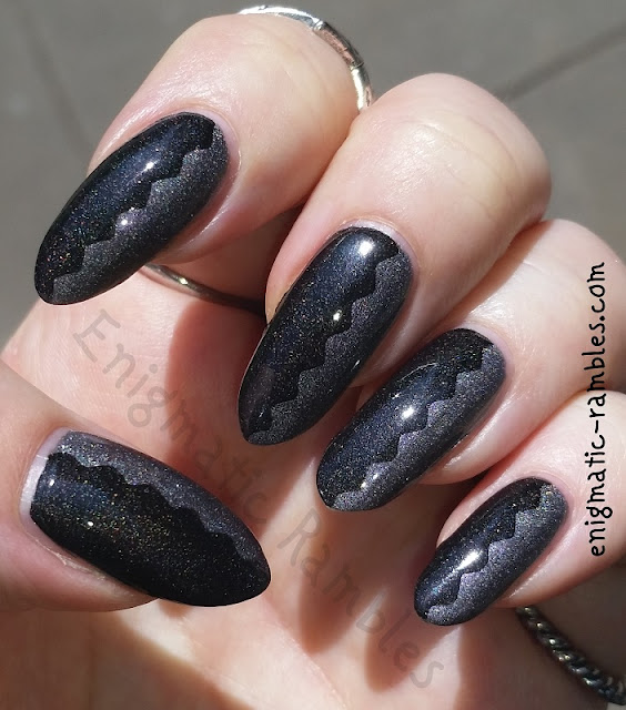 goth-summer-nails-a-england-bridal-veil-ascalon