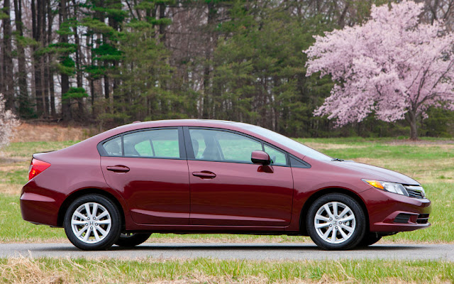 2013 Honda Civic Sedan Side Design