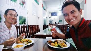 Free Vegetarian Restaurant in Hanoi, Vietnam
