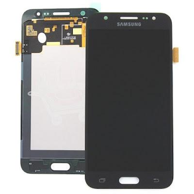 Địa chỉ thay màn hình Samsung galaxy J5 uy tín