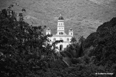 Basílica Santuario Nacional de Nuestra Señora de la Caridad del Cobre (Cuba), by Guillermo Aldaya / PhotoConversa