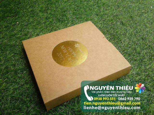 Hộp giấy đựng quà tặng chất lượng, bao bì giấy quà tặng chuyên nghiệp