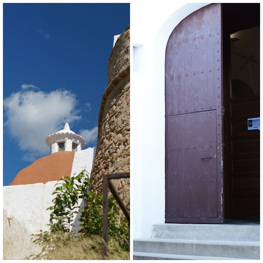 Blog + Fotografie by it's me! - Reisen - La Isla Blanca Ibiza, Santa Eurlaria - Kuppel und Portal in der Klosteranlage