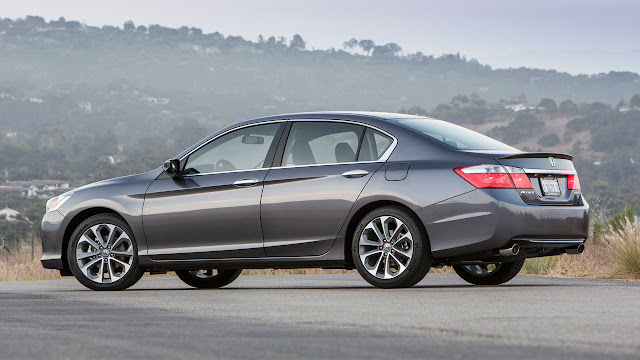 2013 Honda Accord Sport Sedan rear
