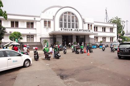 Stasiun Kreta Jakarta  Salah satu Peninggalan dari Belanda