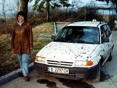 На легковой машине - да по целебной грязи около берега моря.
