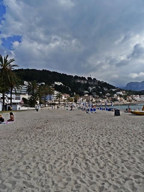 plaże na Majorce, miejscowość wypoczynkowa Port de Soller