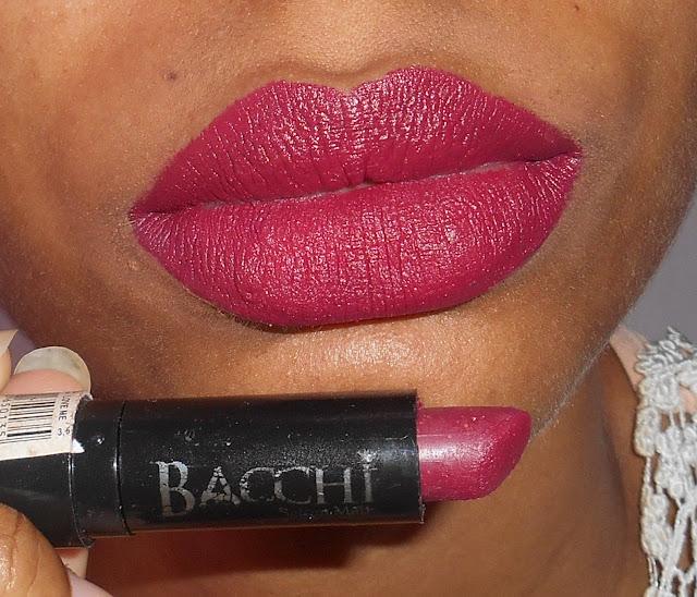 Batom matte bacchi cosmeticos love me
