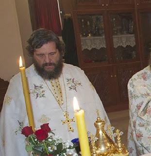 Ο Πρωτοπρ. Νικόλαος Λουδοβίκος, στο βίντεο αναφέρεται στο γεγονός του Σταυρού ως τη λύση για το αδιέξοδο του ανθρωπίνου δράματος