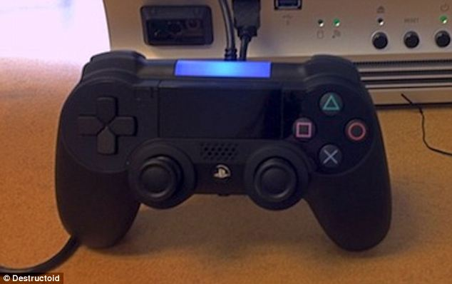 AmazinG Gamers: PS4 Leaked Controller FAKE