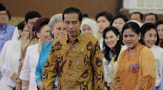 Jokowi Hadiri Acara Pernikahan Keponakannya