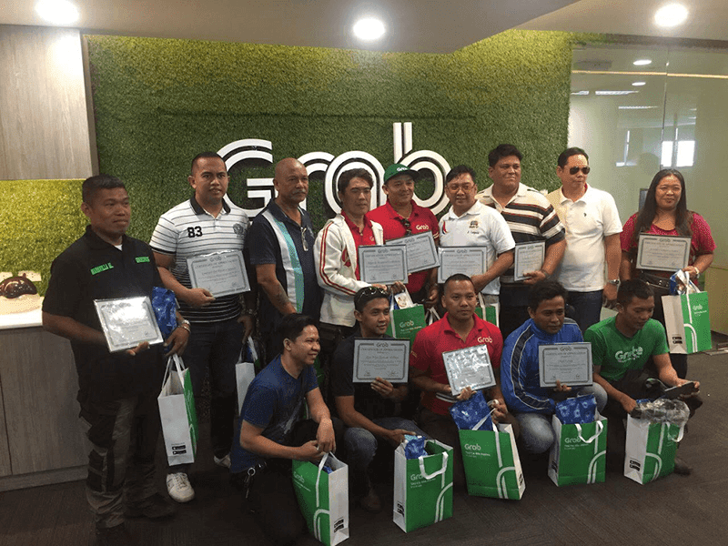 Grab awards drivers with good ratings through their quarterly Papugay Awards