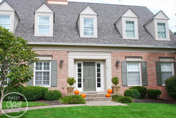 Hence The Pumpkins As You Can See We Ve Got Some Brick On Front And Side Of House That I M Not Planning To Paint Here S A Closer Look