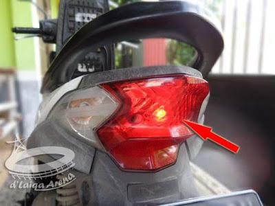 Lampu Belakang Honda Beat FI (K25)