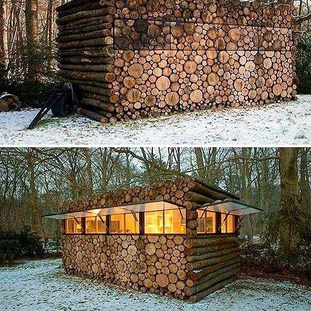 Дерев'яний будинок, спроектований як дровітня.