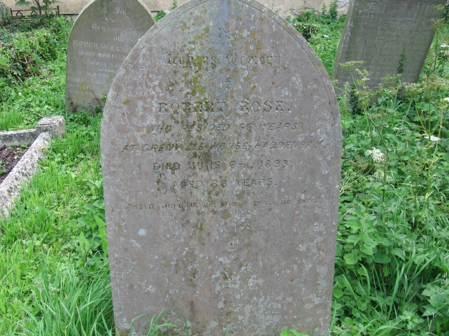 Graveyards-Gravestones-and-Memorial-Inscriptions-in-Family-History-Research-headstone-robert-rose-Haddenham-Buckinghamshire