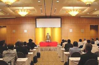 三遊亭楽春講演会「笑いの効果に学ぶコミュニケーション&メンタルケア」