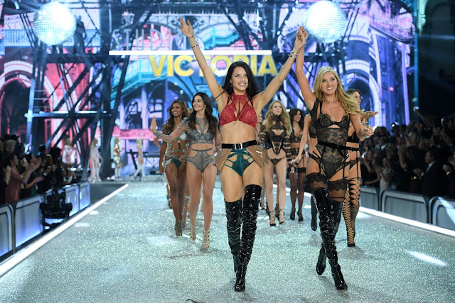 Adriana Lima and Elsa Hosk at VSFS 2016