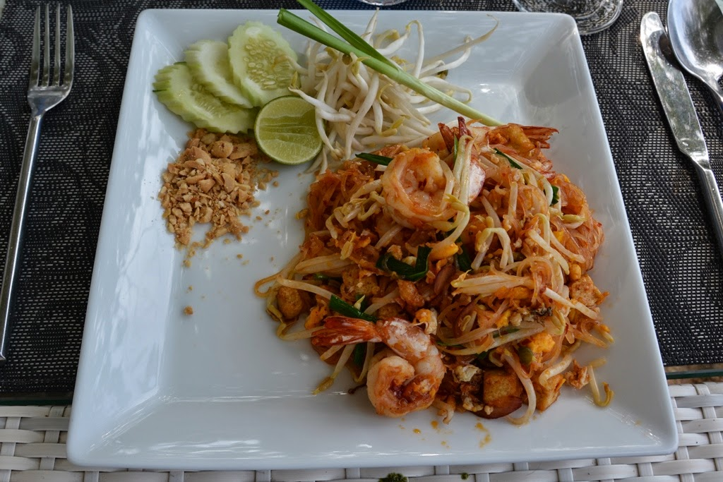 Re Ka Ta restaurant Phuket Pad Thai
