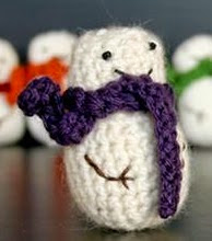 http://translate.googleusercontent.com/translate_c?depth=1&hl=es&rurl=translate.google.es&sl=en&tl=es&u=http://www.craftsy.com/pattern/crocheting/home-decor/mini-snowman/18408&usg=ALkJrhhowYdXQeIXqlJEz9LKVUXfZuDS8A