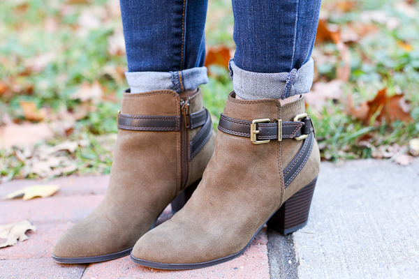 Naturally Me, Express Booties, The Perfect Booties for Fall, Old Navy Jeans, Old Navy Rockstar Jeans