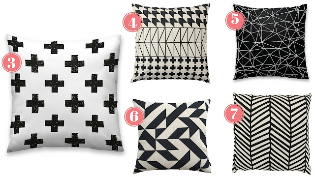 Almofadas geométricas preto e branco
