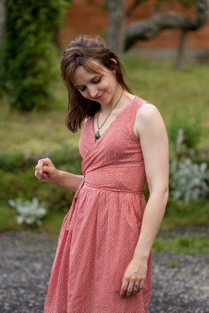 Wickelkleid - Wrap Dress from Sewing School - Green Bird - DIY Mode ...
